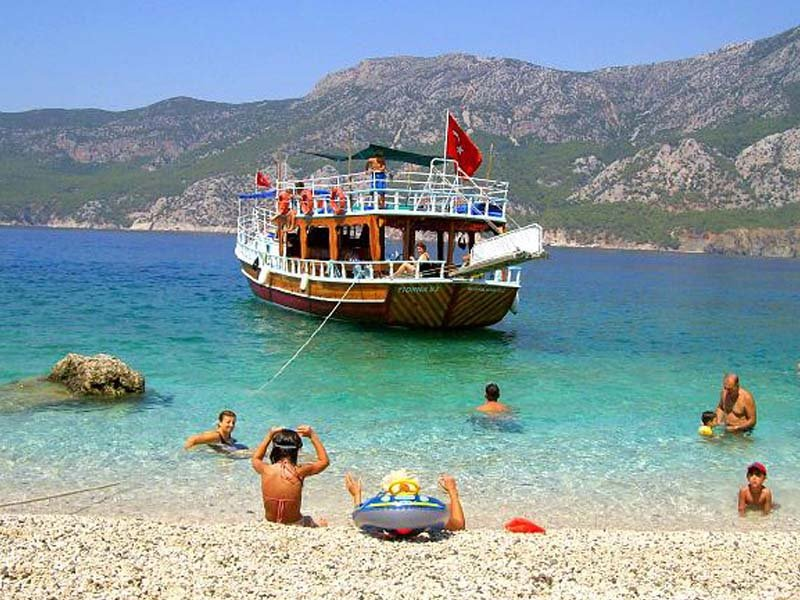 BOAT TRIP TO SUNKEN CITY OF KEKOVA