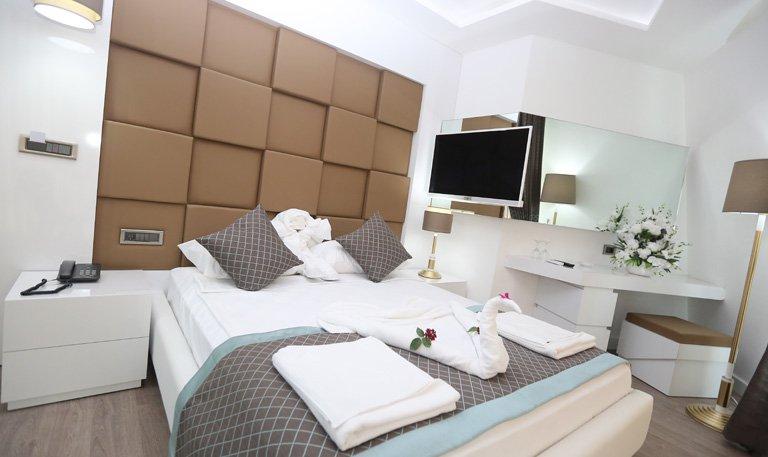 elipsroyal hotel
